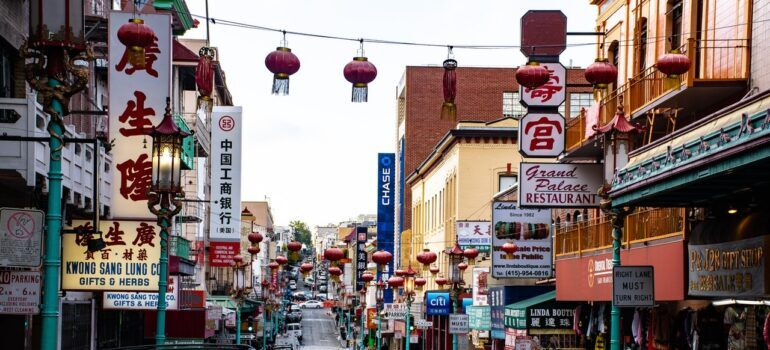 A view of Chinatown where Chinatown movers operate.