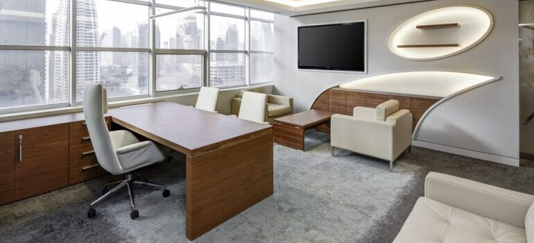 A very luxurious office.